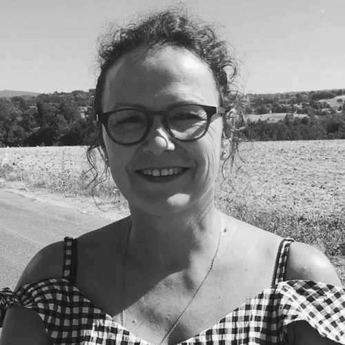 Isabelle DAOULAS bw Ecole Aide-Psy